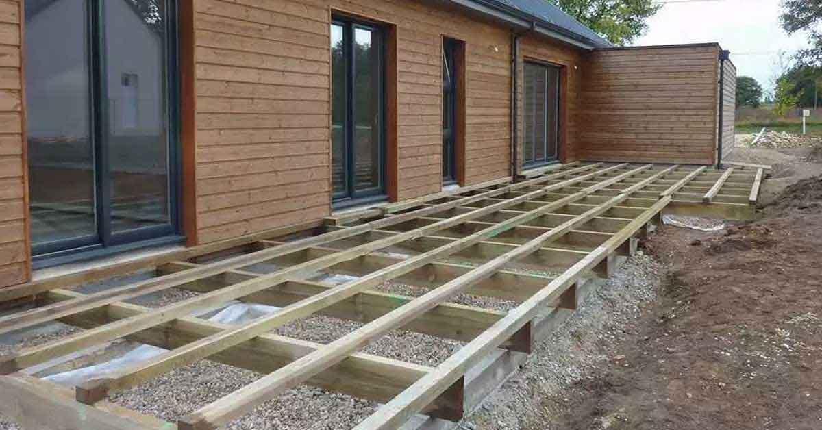 Comment installer convenablement une lame de terrasse ?