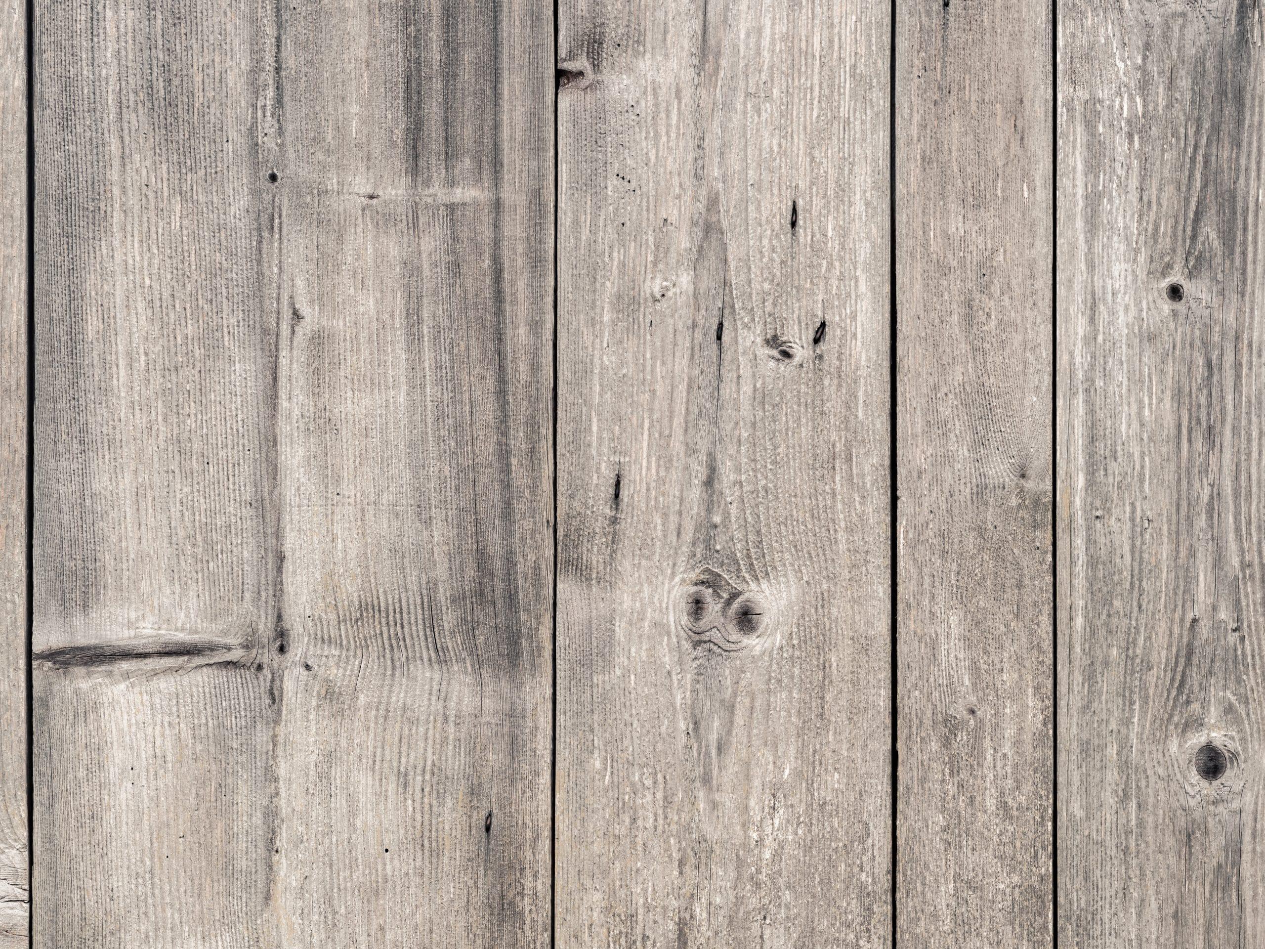 Où acheter des lames de terrasse en pin classe 4 sans noeud ?